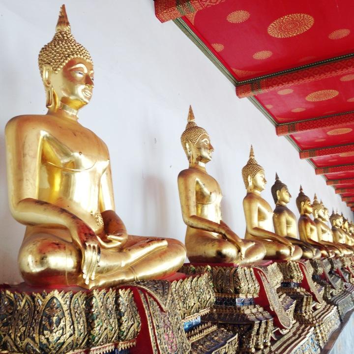 バンコク仏