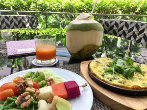 バンコク着、ワーケーション中もオーガニック朝食から始まるチホスタイル♪